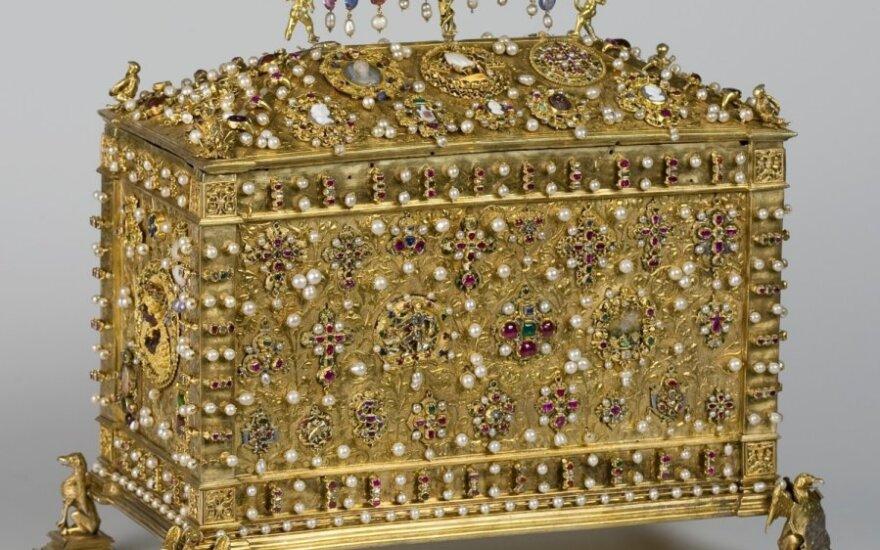 Во Дворце правителей - королевская шкатулка для драгоценностей