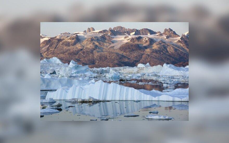 Grenlandijos fiordus kausto ledynai.