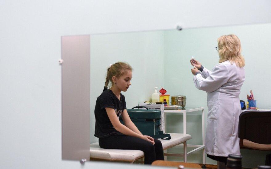 В Украине детей без прививок не будут пускать в школу и детский сад