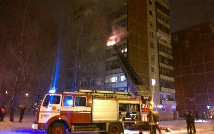 В Вильнюсе от петарды загорелась квартира, эвакуированы жители