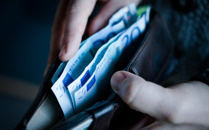 Глава промышленников Литвы предлагает значительно увеличить выплаты родителям