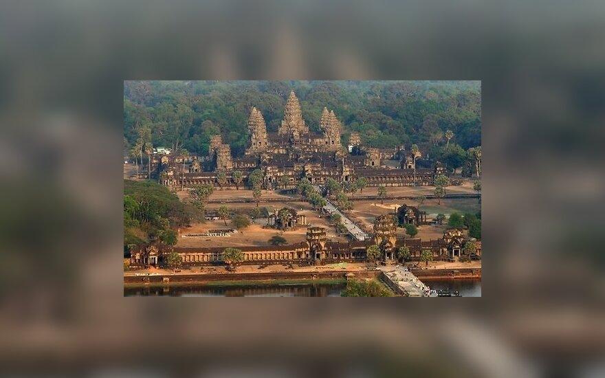 Археологи нашли в джунглях Камбоджи сеть древних городов