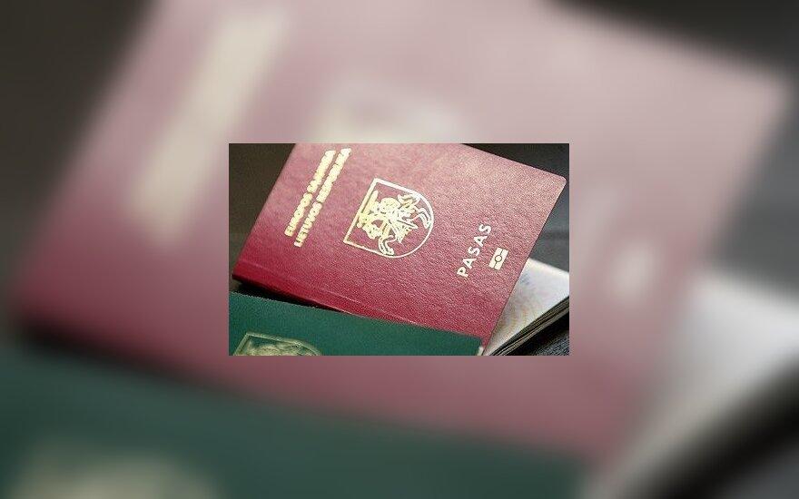 Grupa inicjatywna chce zebrać podpisy przeciwko oryginalnej pisowni nazwisk na głównej stronie paszportu