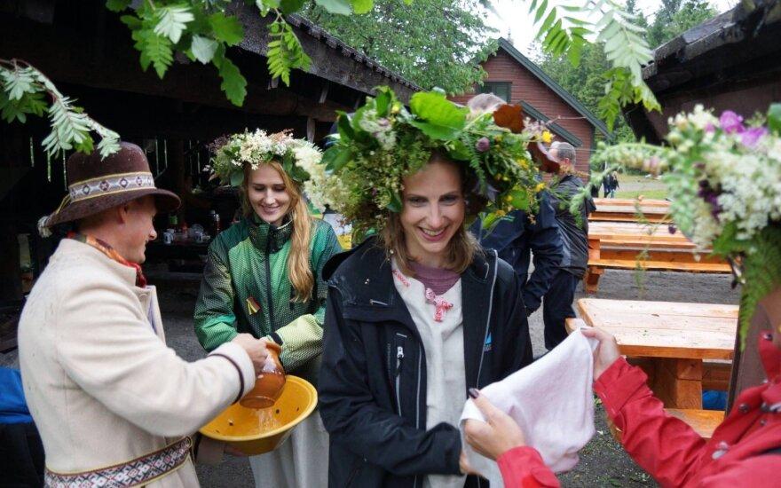 Зенонас Мачюлайтис и представители литовской общины Ругаланна