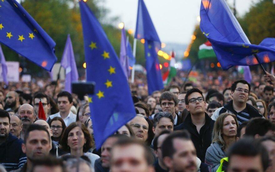 Венгрия и впредь не будет принимать мигрантов