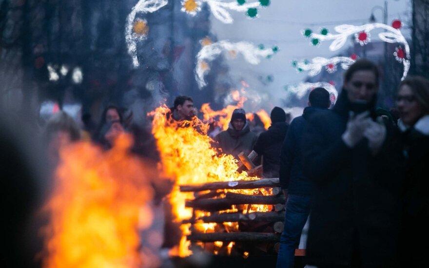 На проспекте Гедиминаса горели 30 костров свободы