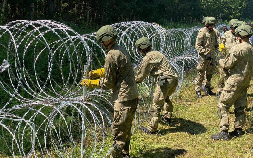 На границе Литвы с Беларусью возводится проволочный барьер