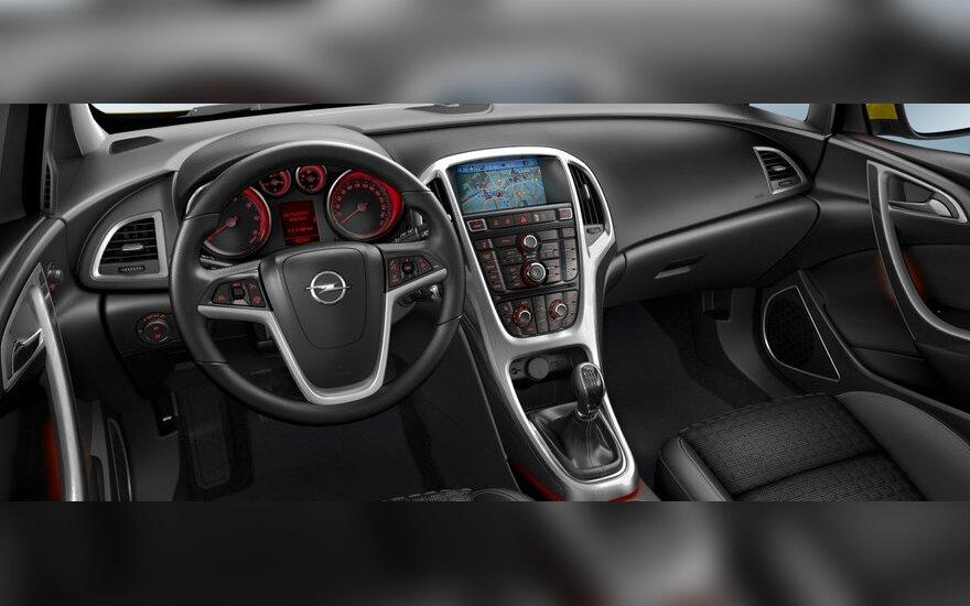 Opel cобирается сорвать крышу с хэтчбека Astra
