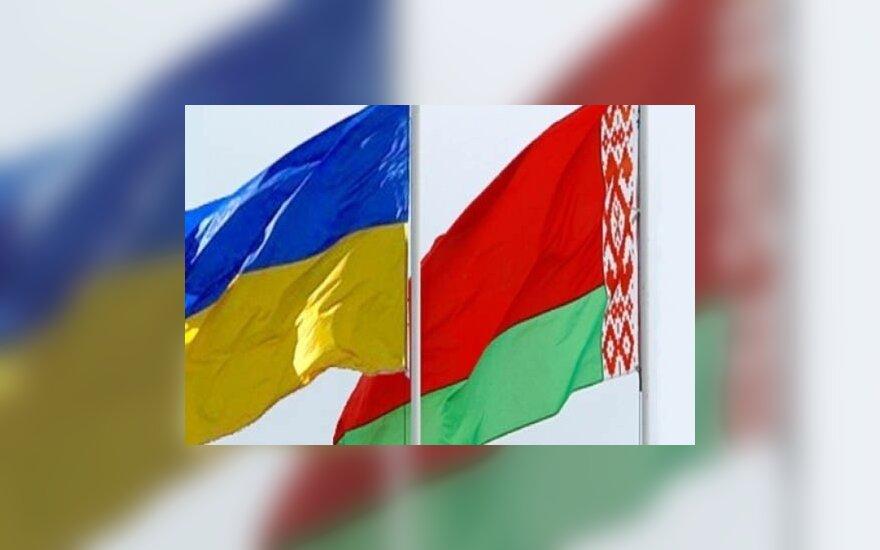 С 2017 года украинцы смогут попасть в Беларусь только по загранпаспортам
