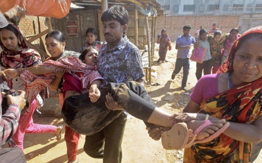 В Бангладеш 80 человек пострадали во время протестов швей