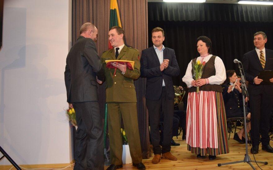 Renata Aleksiejienė (antra iš dešinės)