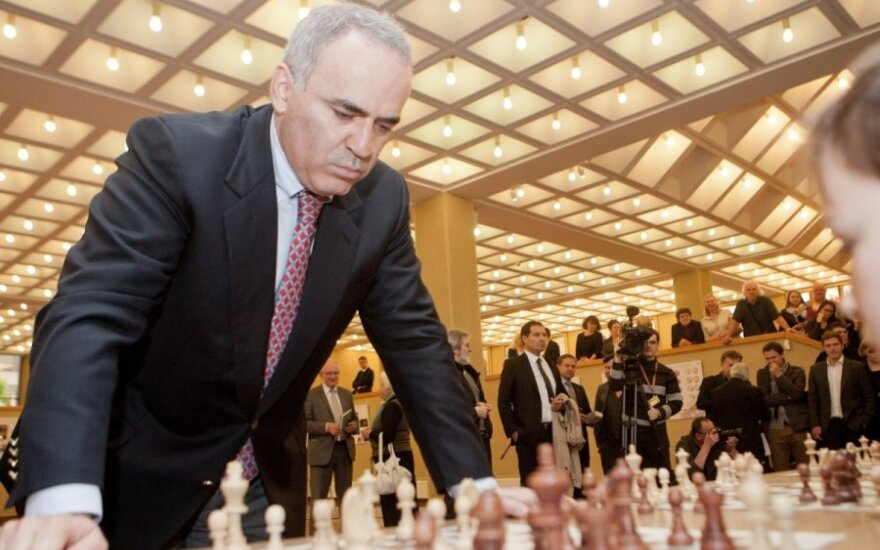 Каспаров надеется на поддержку Литвы на выборах президента ФИДЕ