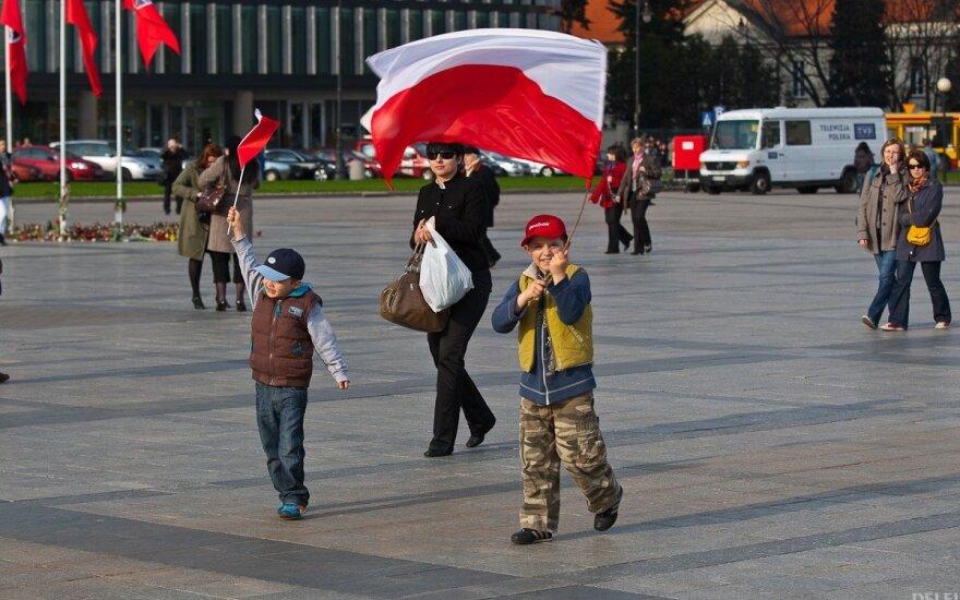 В Польше молодежь до 26 лет не будет платить подоходный налог