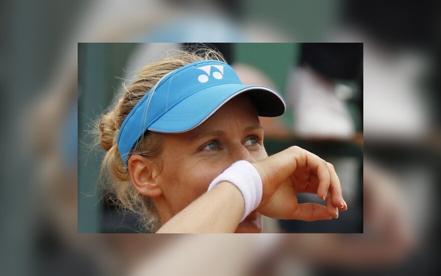 Дементьева победила Звонареву на турнире в Токио