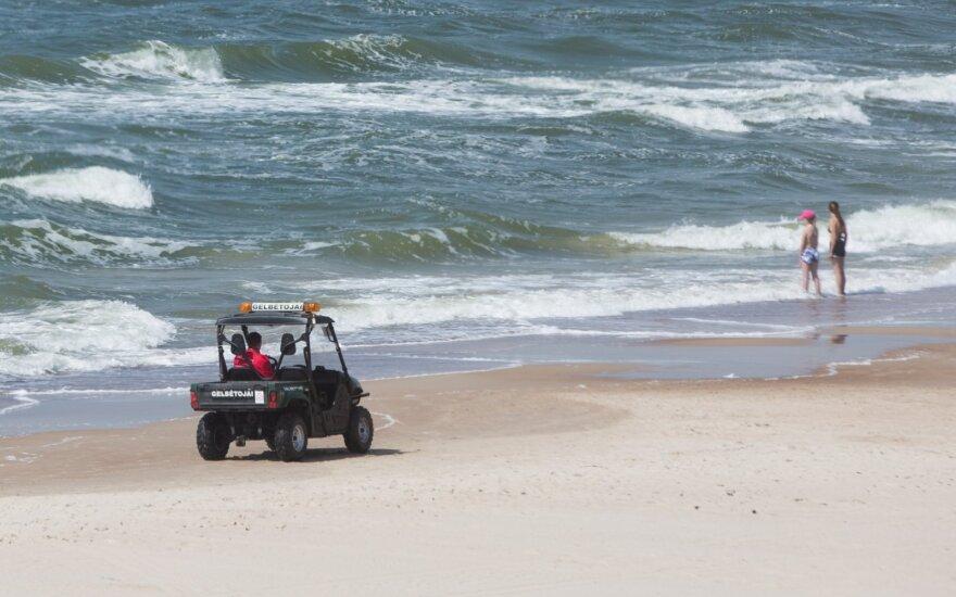 На пляже в Паланге обнаружено тело мужчины