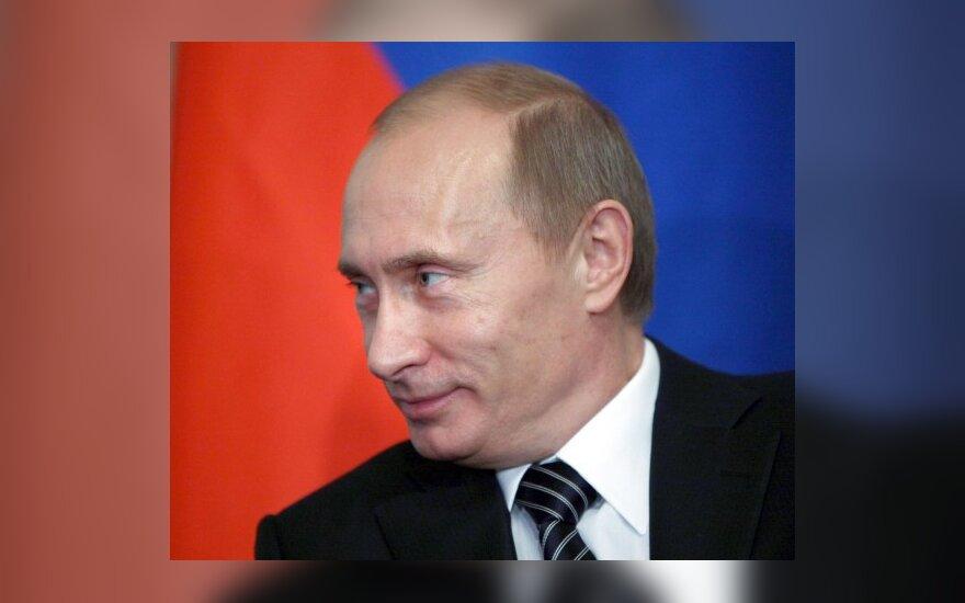 Путин: РФ не будет покупать белорусскую сельхозтехнику в кредит
