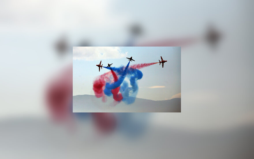 D.Britanijos lėktuvų paradas