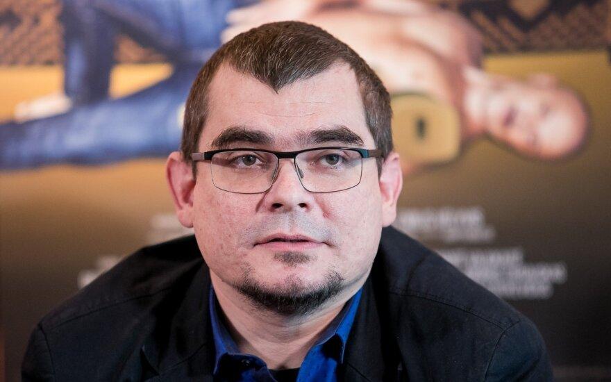 Известный литовский режиссер подрался с полицейскими и оказался в арестантской