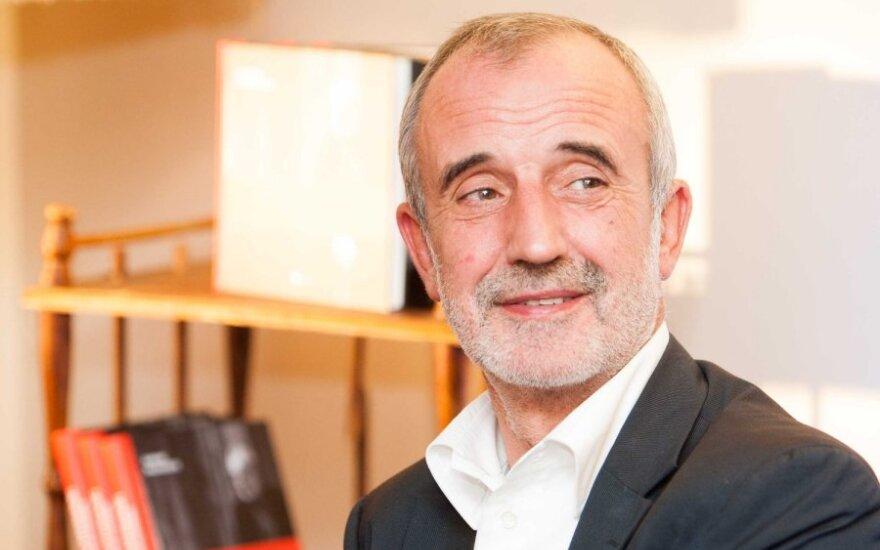 Режиссеру Туминасу предлагают госпенсию в размере 232 евро