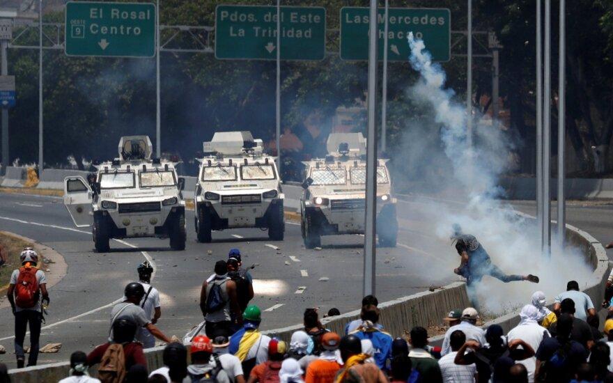 Авиакомпаниям США запретили низкие полеты над Венесуэлой