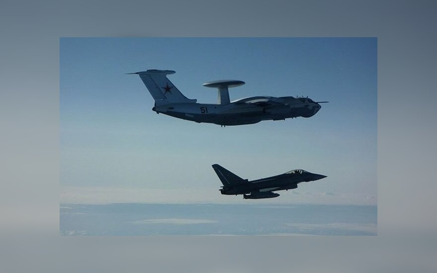 Истребители НАТО ещё чаще сопровождали полёты российских самолётов