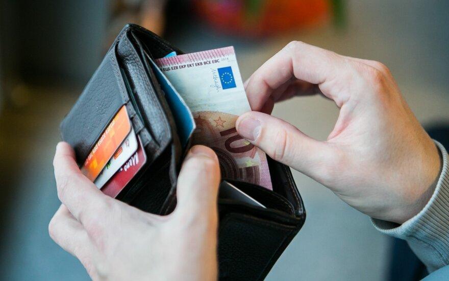 На маленькие пенсии жалуются не все: 240 евро предостаточно
