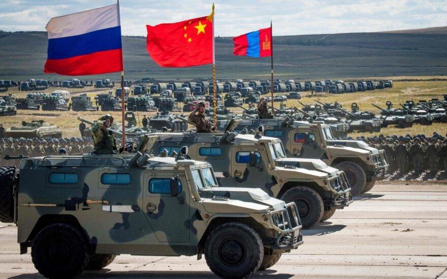 """Помощник генсека НАТО по разведке: учения """"Восток-2018"""" - крупнейшие после Холодной войны"""