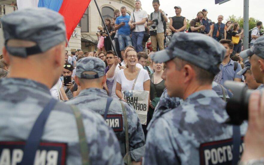 Maskvoje per taikias eitynes Golunovui palaikyti sulaikyti mažiausiai 23 žmonės