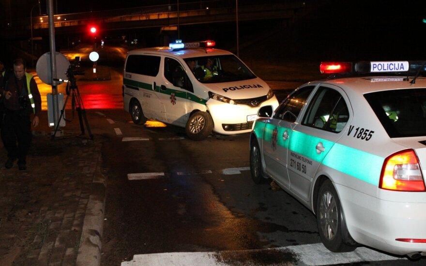 Ночная гонка в Вильнюсе: задержан пьяный 15-летний водитель