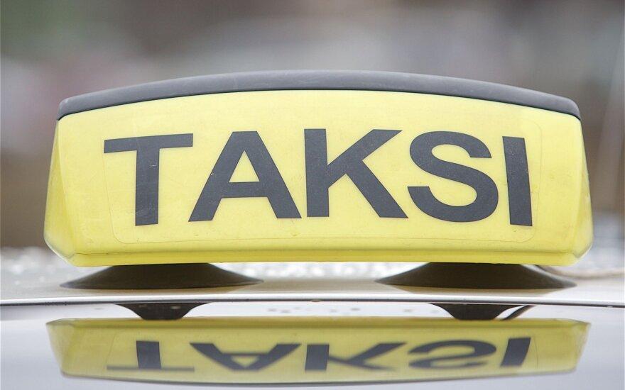 В Мажейкяй избиты две таксистки, одну из них ограбили