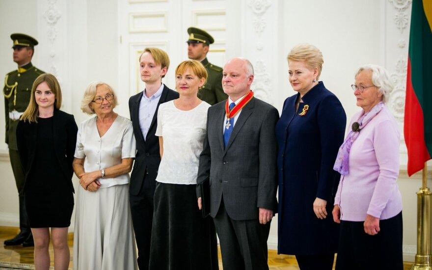 Президент вручила награды за заслуги перед Литвой