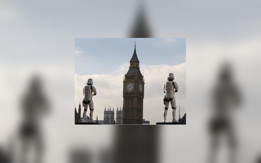 """""""Žvaigždžių karų"""" sagos personažai Londone"""