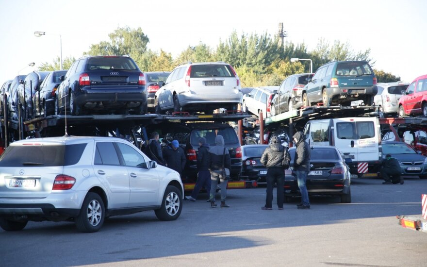 Тысячам продавцам авто — новости от Налоговой инспекции