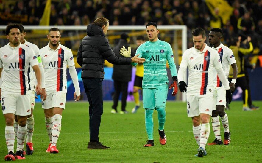 В матчах УЕФА из-за коронавируса отказались от рукопожатий