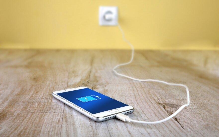 А вы знали? Электронные устройства нельзя оставлять заряжаться на ночь