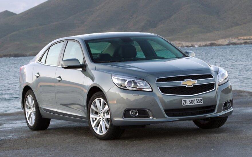 В Калининграде собрали первые седаны Chevrolet Malibu