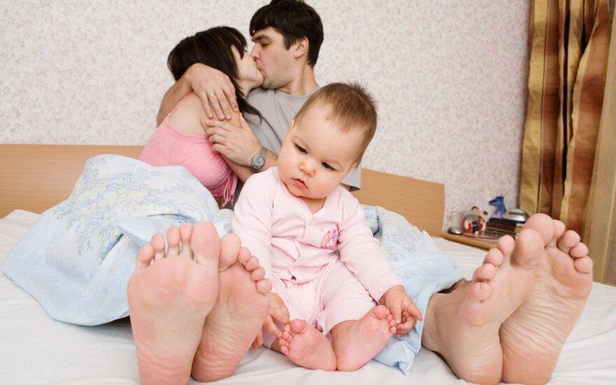 Парламент обещает укрепить семьи: кого будут поддерживать, не знают и сами