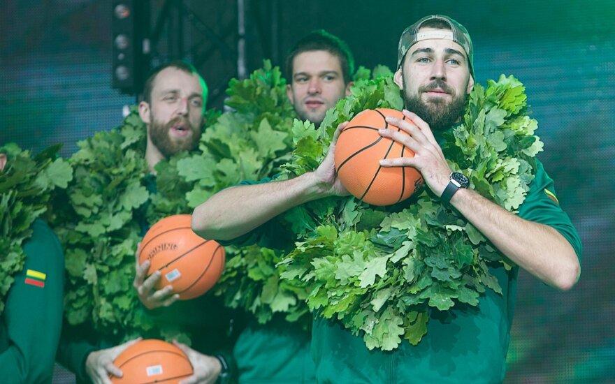 Домой вернулись литовские баскетболисты — вице-чемпионы Европы