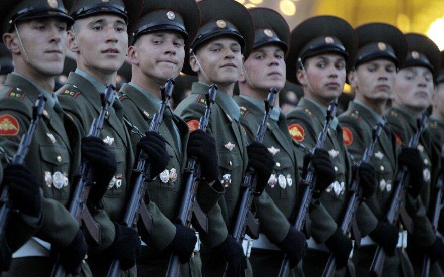 Оппозиция призывает не допустить размещения в Беларуси военной базы РФ