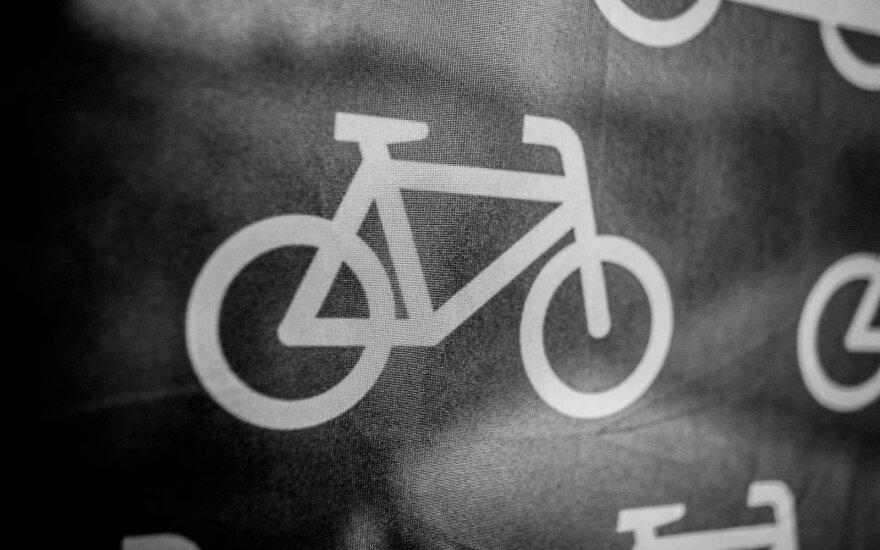 """Lietuvos plento dviračių komanda """"Staki–Baltik vairas"""" susitiko su dviratininkais mėgėjais"""