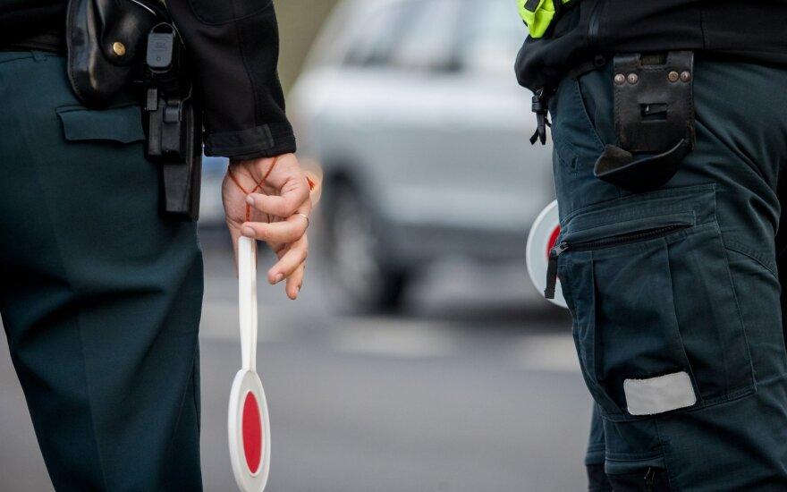 Коронавирусом в Литве заразился сотрудник полиции