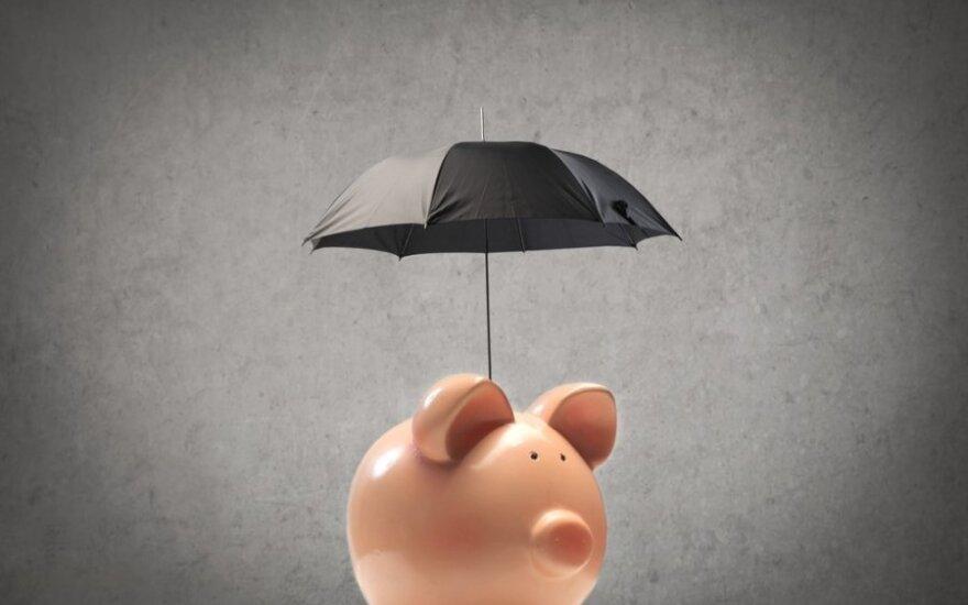 Wcale nie brak pieniędzy przeszkadza w oszczędzaniu. Polakom brakuje konsekwencji, wiedzy i chęci