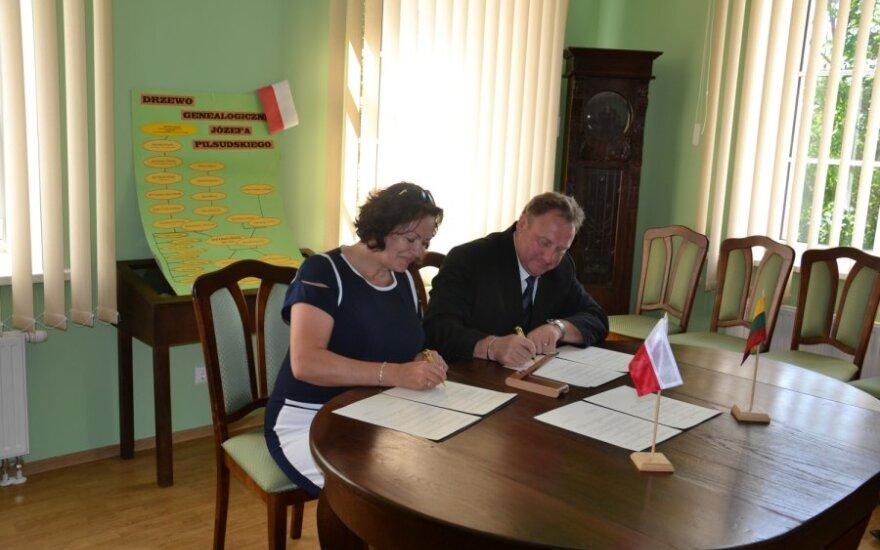 Gmina Mariampol podpisała umowę z gminą Białe Błota