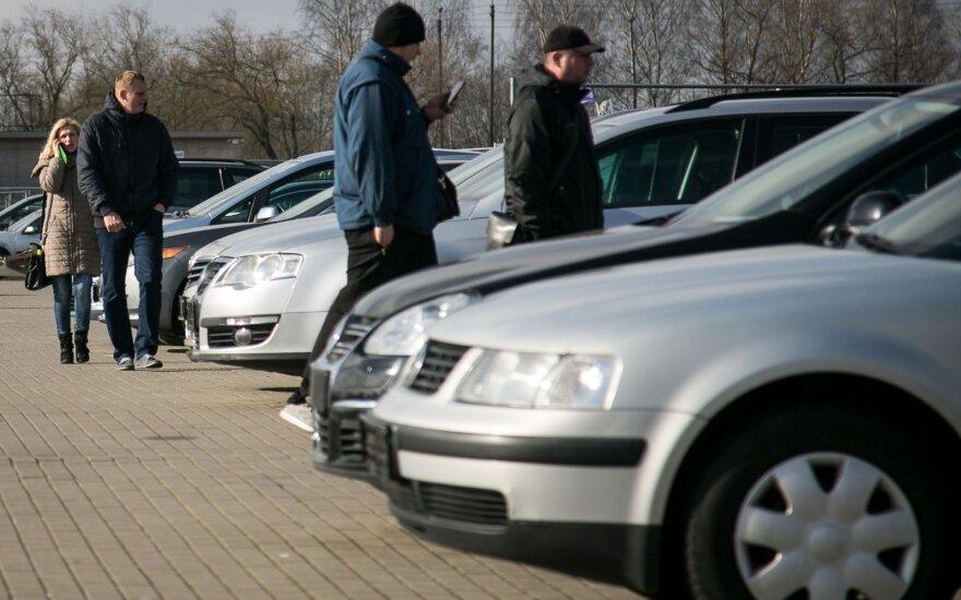 """В Украине авто на """"євробляхах"""" не будут учитывать при предоставлении субсидий"""