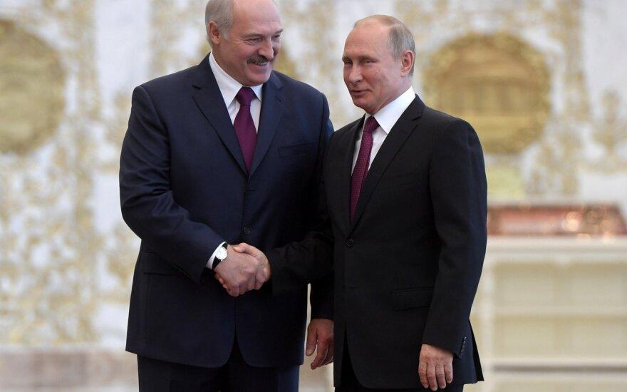 Переговоры подождут. Лукашенко и Путин сделали перерыв и отправились кататься на лыжах
