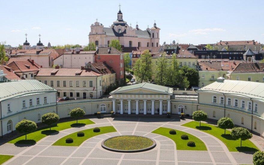 Молодые белорусы открывают Вильнюс: шопинг уступил место искусству