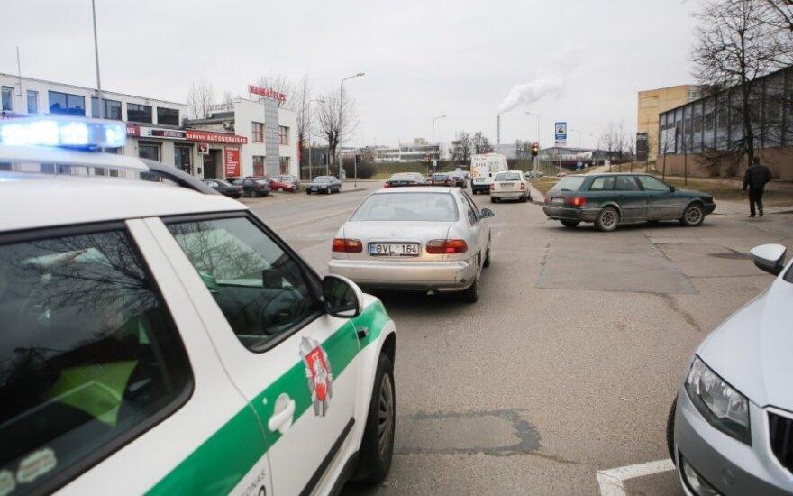В Вильнюсе в аварию попала беременная женщина