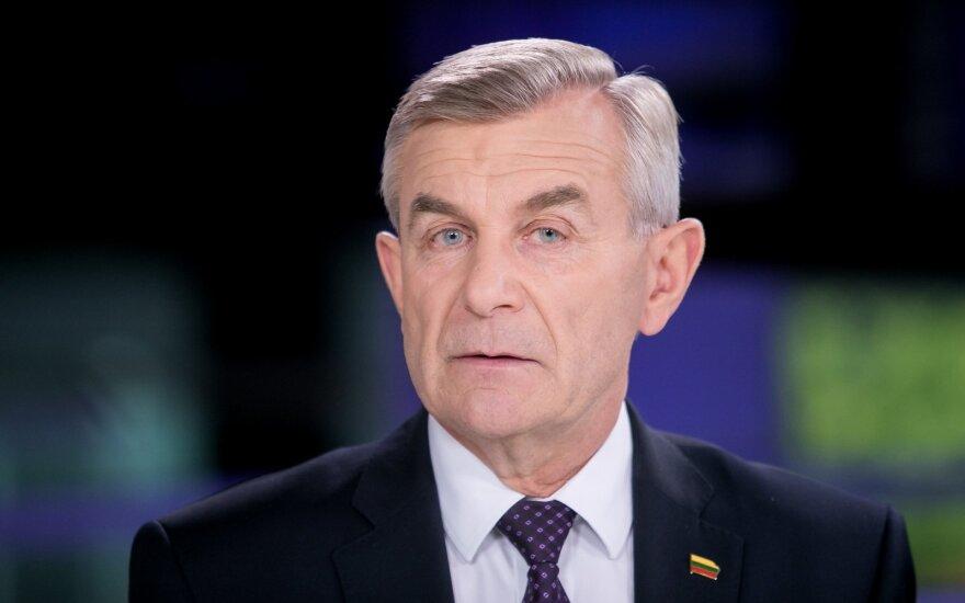 Инициативу о недоверии спикеру Сейма Литвы поддержали более полусотни парламентариев