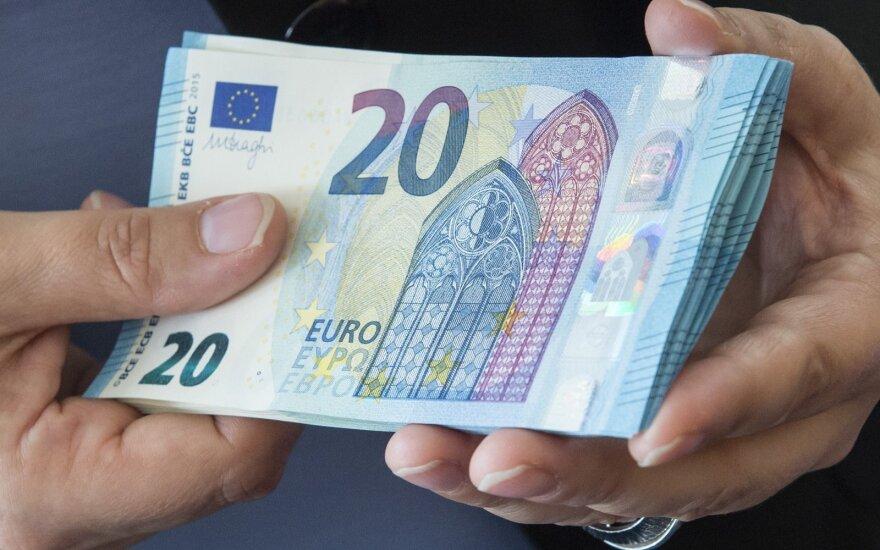 Евростат: в Литву из-за границы переведено свыше миллиарда евро