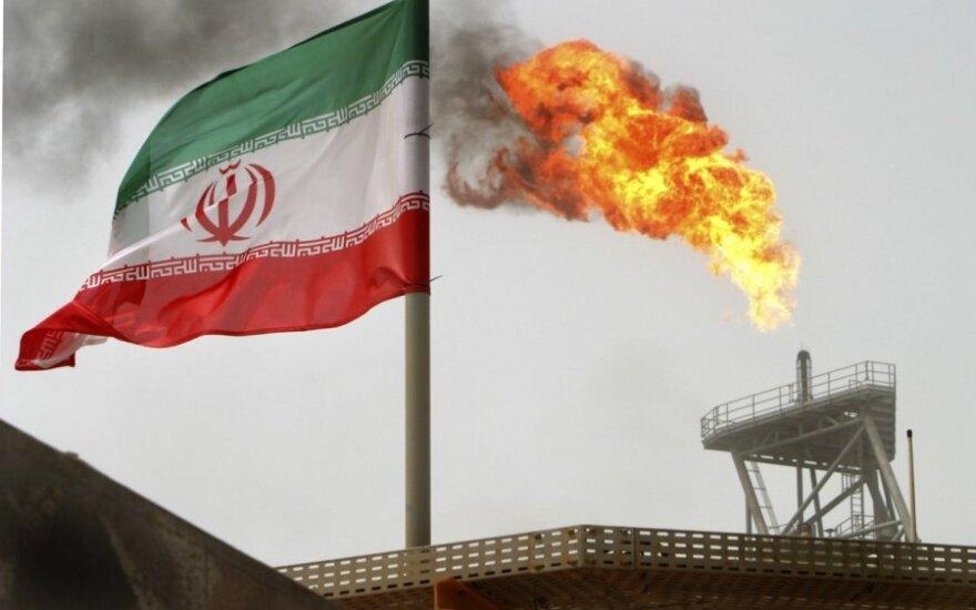 Иран пытается обойти нефтяное эмбарго США с помощью серого рынка